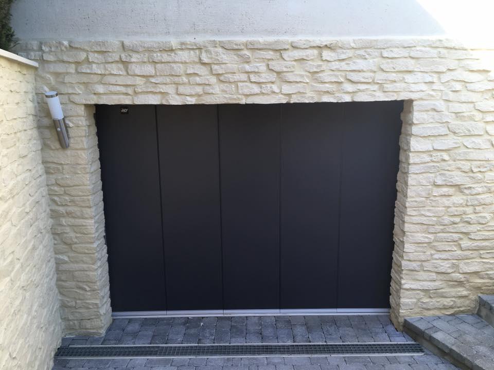 R alisations menuiserie aluminium pvc bois et mixtes - Porte de garage eveno ...