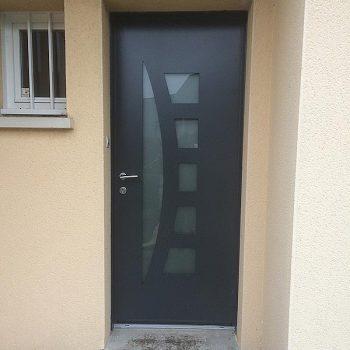 Porte d'entrée pavillon - Coudray Fermetures