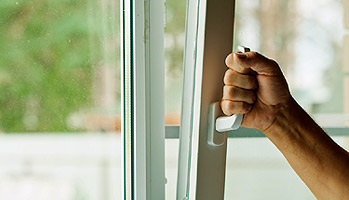Installation Portes et fenêtres - Coudray Fermetures