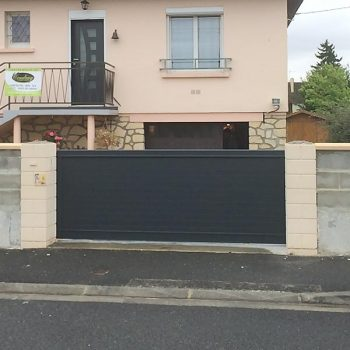 Installation portail coulissant - Coudray Fermetures